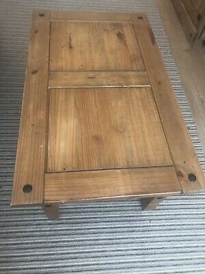 House of Cotswolds Corona Mexican Rustic Pine Coffee Table with Drawer - Brown
