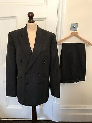Men's 1940's style double-breasted suit Large