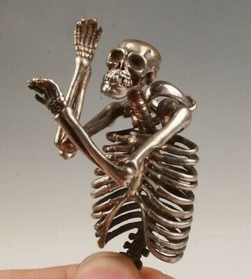 Retro China Tibetan Silver Pendant Statue Skeleton Exorcism Mascot Adorning