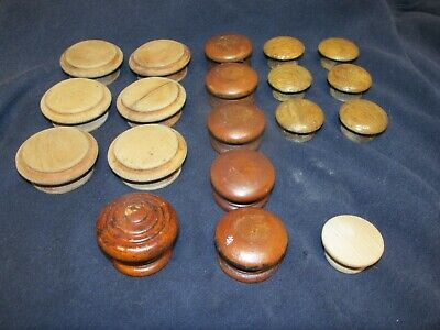 Vintage Lot of 19 Round Wooden Knobs Drawer Pulls Cupboard Cabinet