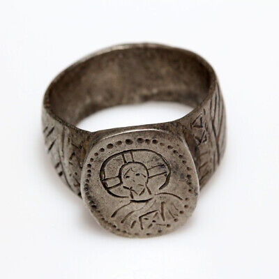 Circa 500-700 Ad Byzantine Silver Ring Depicting Christ In Bezel
