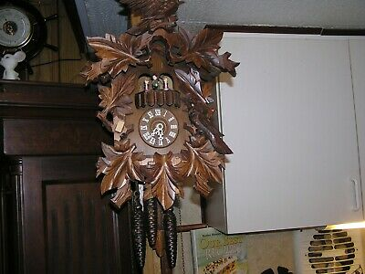 Schneider Sohn black forest animated dancers musical cuckoo clock A25-85