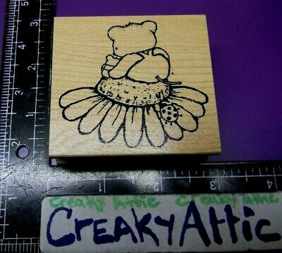 Mouse Baby Sitting On Daisy Top Rubber Stamp Great Impressions E416 Creakyattic