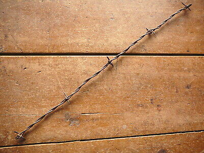 KITTLESONS LARGE HALF HITCH BARB on GROOVED & FLAT LINES  - ANTIQUE BARBED WIRE