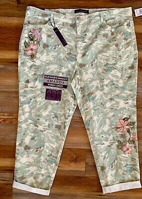 Gloria Vanderbilt Amanda Roll-up Ankle Jeans NWT Women 22W Embroider Floral Camo