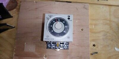 Omron H3CR-A Timer with Omron P2CF-11-E Socket Relay