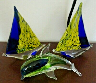 "Hand Blown GLASS Paperwieght 6"" DOLPHIN & 2 SAILBOATS Blue Green Yellow Clear"