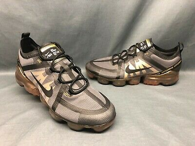 Nike Men's Air VaporMax 2019 Running Sneakers Black Metallic Gold Size 9 NWOB