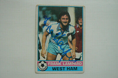 1977 TOPPS TRADE CARD, FRANK LAMPARD snr. SIGNED BY FRANK LAMPARD snr