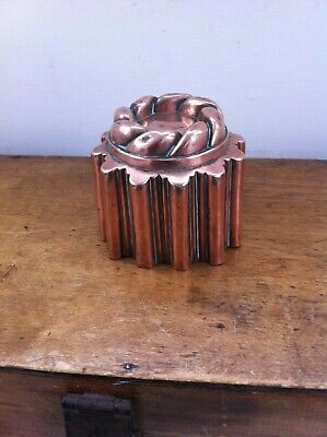 LOVELY GOOD QUALITY DECORATIVE ANTIQUE  COPPER JELLY MOULD 4 inches