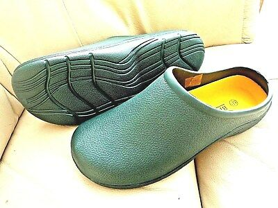 NEW Briers dark  green lightweight CLOGS--Size 7 UK adult.
