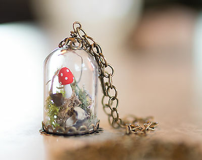Hand Crafted Miniature Mushroom Forest Woods Terrerium Glass Dome Necklace