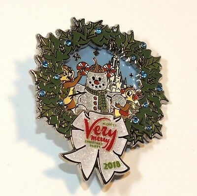 Disney Pin Trading Mickeys Very Merry Christmas Party 2018 Wreath Chip Dale Open