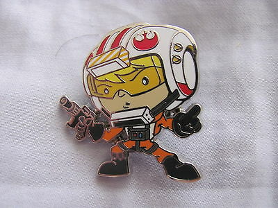 Disney Trading Pins 108423: Cute Star Wars Mystery Pin - Luke Pilot only