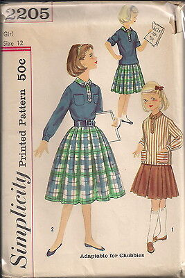 Vintage Blouse & Skirt Sewing Patterns S2205 Size 12