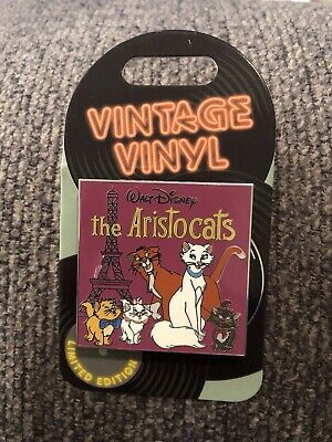 Disney Parks Vintage Vinyl Pin  -  The Aristocats - Duchess & Friends LE 3000