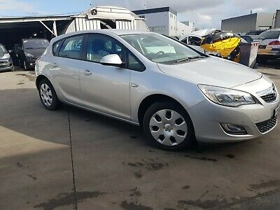 Opel  Astra 1.6 J  Automatique