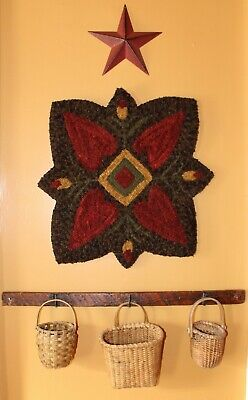 Primitive Hooked Rug Pattern On Linen ~ Hearts In Bloom