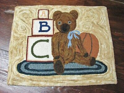 Primitive Hooked Rug Pattern On Linen ~ Keegan's Bear