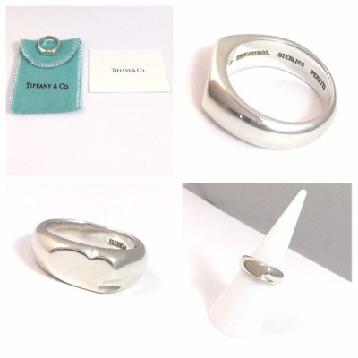 Authentic and rare! Beautiful silver Tiffany & Co Elsa Peretti Curved Heart Ring