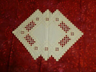 Hardanger Lace Runner Antique Vintage Table Runner Doily Hand Embroidery