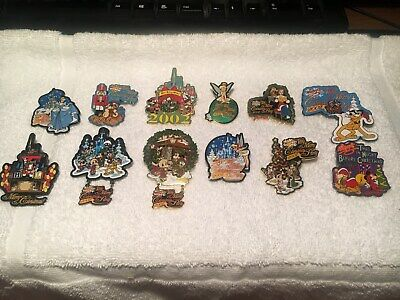 Disney Pin Mickeys Very Merry Christmas 2002 Complete Wdw 12 Pin Set.