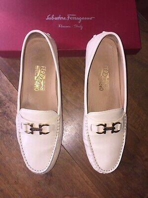 "salvatore ferragamo shoes ""Saba"" Pebble / Cream Loafers Size 10 M. VG condition"