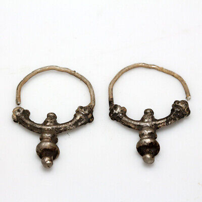Circa 500-1000 Ad Pair Of Byzantine Silver Earrings