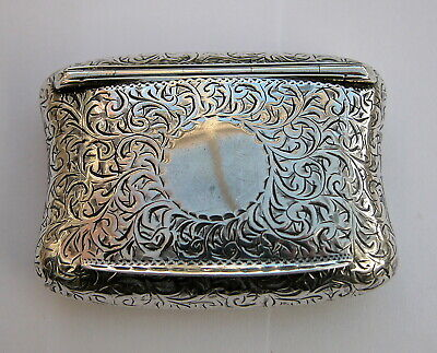 Lovely Antique solid silver pillow shaped snuff box 1894 or 1919