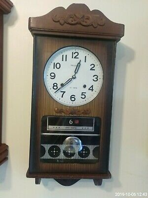 Vintage 60-70's president 30 day winding clock with calendar