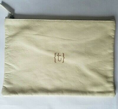 NWOT Mark and Graham Everyday Soft Leather Zipper Pouch Clutch Toiletry Bag Case
