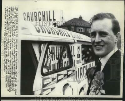 1967 Press Photo Winston Churchill Posing by His Poster in Manchester, England