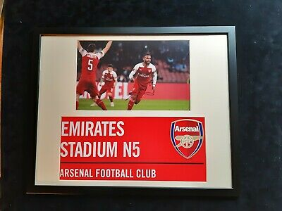 """Arsenal - Alexandre Lacazette -  Hand Signed Picture & Framed 16"""" x 20"""" with COA"""
