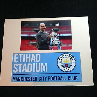 Manchester City - Pep Guardiola Genuine Hand Signed with Metal Street Sign * COA