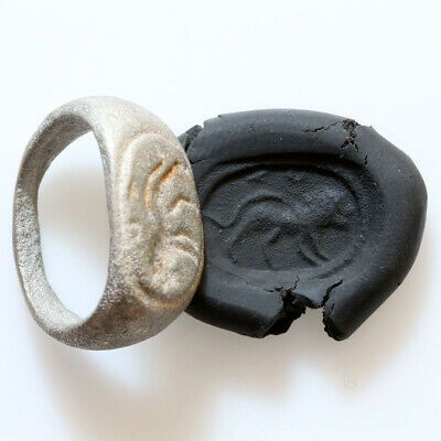 Circa 500-300 Ad Ancient Greek Silver Seal Ring With Lion Depiction - Wearable
