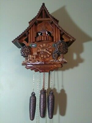 Large Black Forest Musical Cuckoo Clock