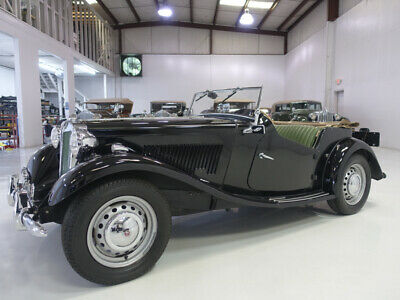 1953 MG TD Roadster | Wonderful condition 1953 MG TD Roadster | Numbers matching | Folding convertible top | Side curtains