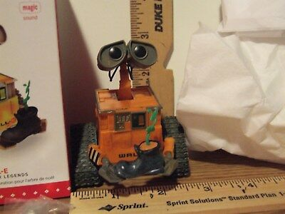 Hallmark 2015 WALL-E Fifth In the Disney-Pixar Legends Magic Sound Ornament