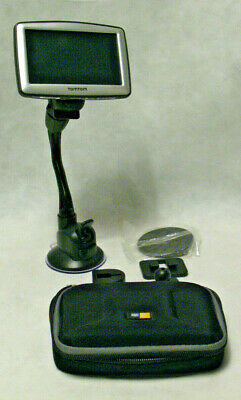 TomTom Tom Tom XL N14644 Vehicle GPS with Mount and Case Bundle