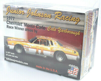 Salvino JR Junior Johnson 1978 Oldsmobile 442 Cale Yarborough plastic model 1//24