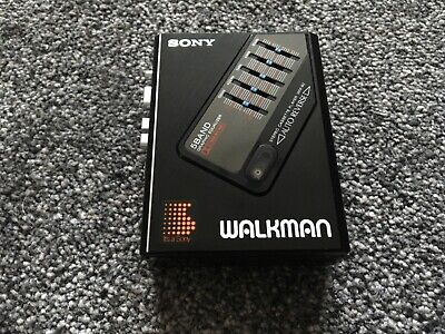 Sony Wm-60 Walkman.  5 Band Graphic Equalizer.  Ultra Rare.  Fully Working.