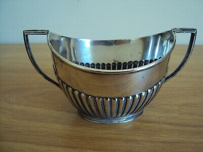 An Antique Solid Silver Sugar Bowl Made by Goldsmiths& Silversmiths Co 1913