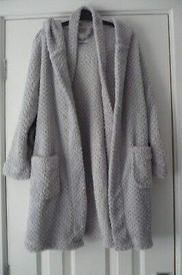 New look 915 Generation Grey Girls Fleece hooded dressing gown size small