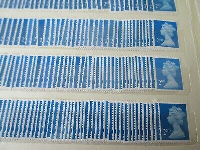 30 x 2nd CLASS ROYAL MAIL STAMPS UNFRANKED OFF PAPER NO GUM, FREE POSTAGE