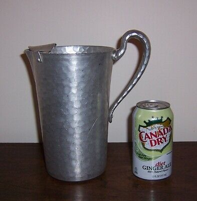 Hammered Forged Aluminum Water Pitcher w/ Ice Catcher / Guard - Everlast 983