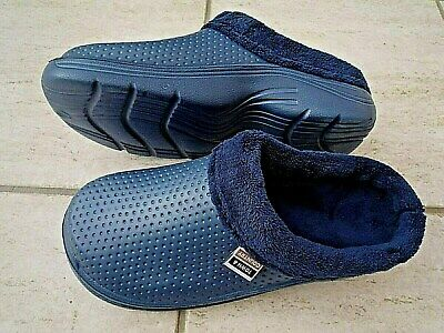 NEW Town & Country blue fleece - lined CLOGS--Size 9 UK adult.