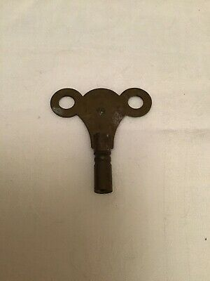 VINTAGE Popular Progress Brass CLOCK KEY - NO.10