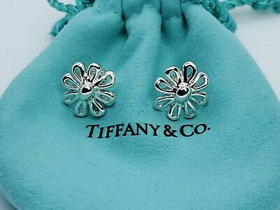 Tiffany &Co Sterling Silver  Paloma Picasso Daisy Flower  Earrings