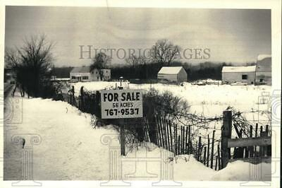 1987 Press Photo Vacant land for sale on Route 9W in Glenmont, New York