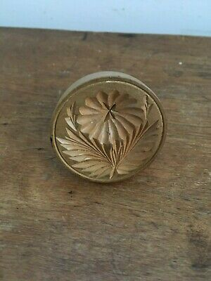 LOVELY DECORATIVE ANTIQUE CARVED  WOODEN BUTTER STAMP - FLOWER  & LEAVES 2 inch